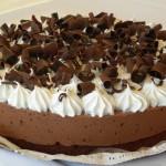 Promoção do Mês de Agosto: Torta Mousse de Chocolate + 50 Docinhos
